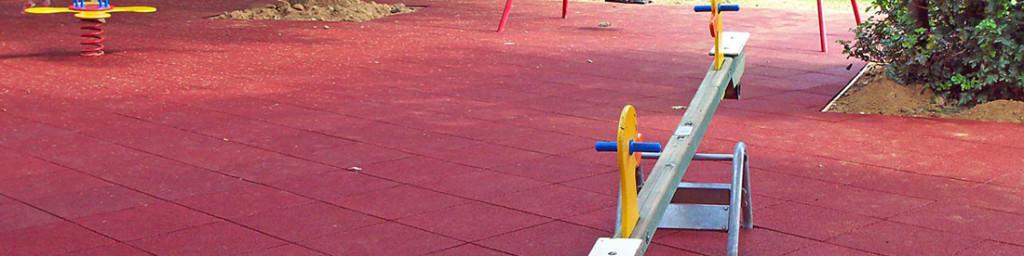 Pavimento in gomma riciclata colorata