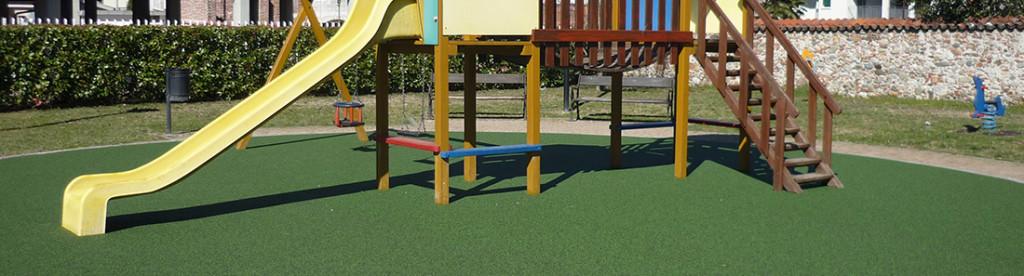 Pavimentazione antitrauma per Parchi Giochi con erba calpestabile
