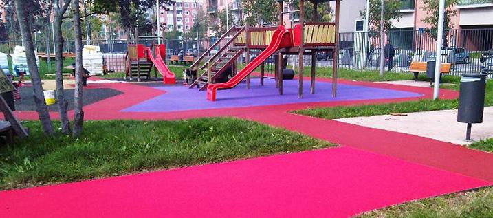pavimenti protettivi per parchi gioco