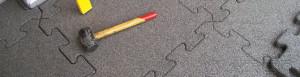 come posare lastre pavimentazione antitrauma