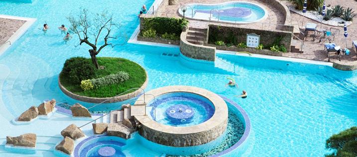 pavimento antiscivolo per piscina