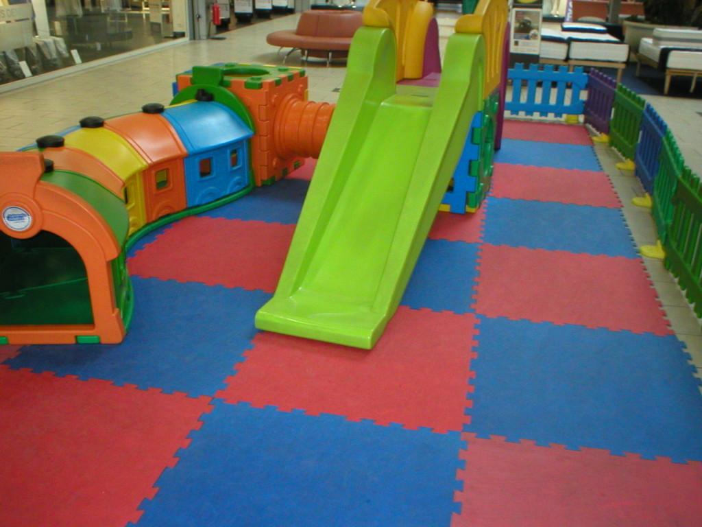 pavimento antitrauma per interni