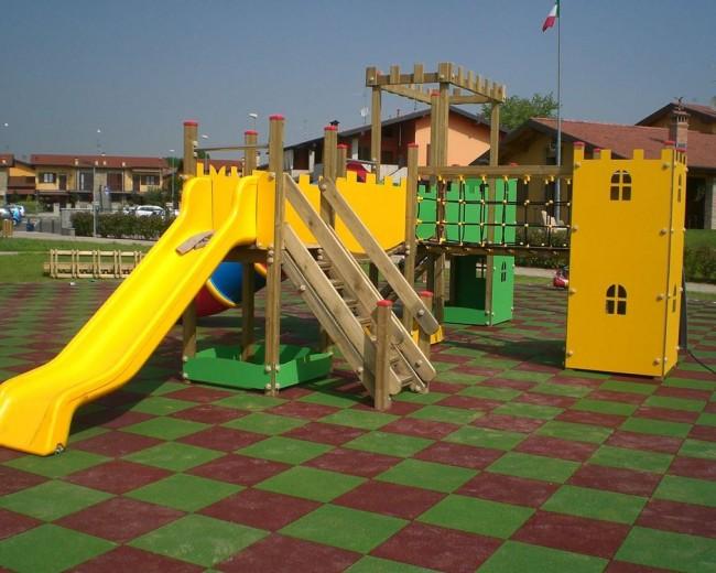Parco giochi comune di Calcinate