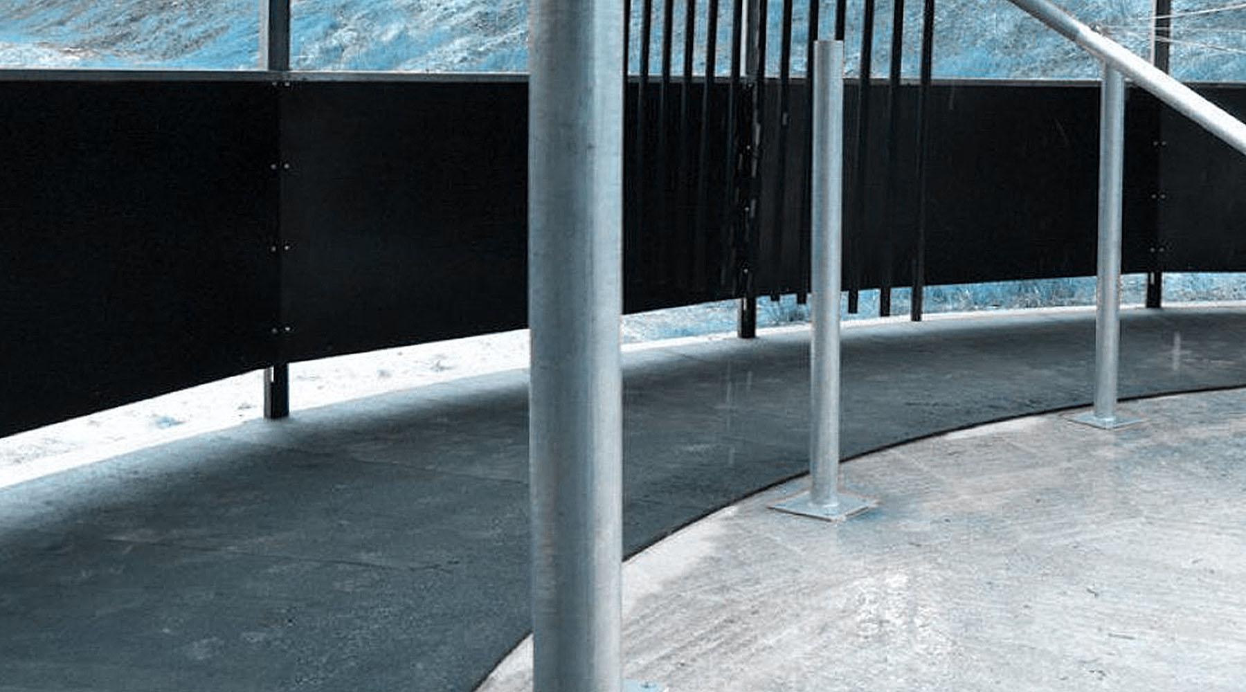 Pavimento In Gomma Per Box Cani : Pavimento scuderie in equigomma per la sicurezza dei cavalli