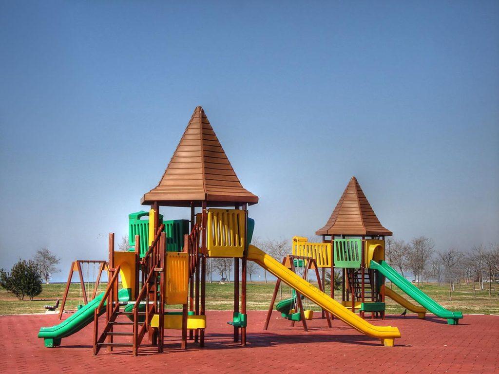 parchi giochi pavimento antitrauma