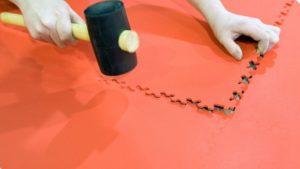 Pavimento in PVC a incastro