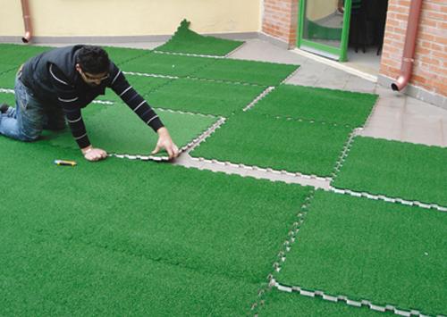Piastre puzzle antitrauma con erba